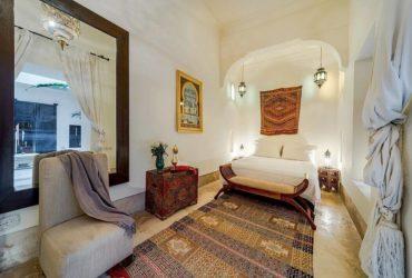amelie-courtyard-bedroom
