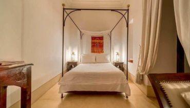 smaller-bedroom-on-gallery